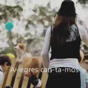 Born is the King (It's Christmas) - Hillsong - Español [360p]
