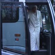 Il Papa e la Curia agli Esercizi Spirituali_ le immagini di Vatican Media [720p]