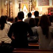 El sacerdote, una fuente de esperanza