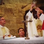 El sacerdote el impulso divino