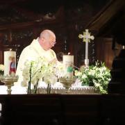 El sacerdote sed como Jesús