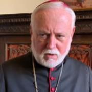 Mons Gallagher, que no se repita esta tragedia. Vatican News - Español