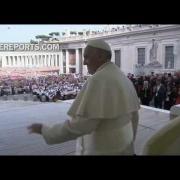 Papa rezará en San Pedro con miles de personas por los cristianos perseguidos