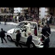 Papa: Parece que la política se ha retirado ante la agresividad del poder financiero y mediático