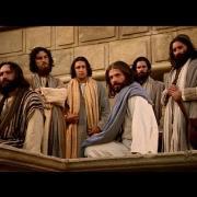Jesus ensena sobre las blancas de la viuda