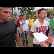 Jóvenes colombianos escriben cartas para perdonar a guerrilleros de las FARC