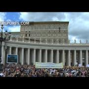 Papa en Regina Coeli: Estad atentos a la voz del Buen Pastor, a veces es fácil distraerse